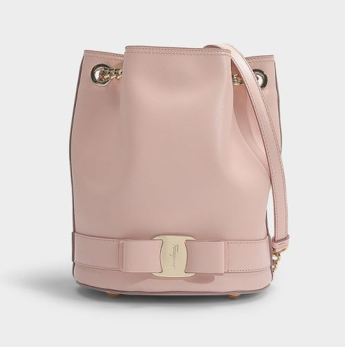 페라가모 가방 카프스킨 Vara Rainbow Bucket Bag in Bon Ton Calfskin